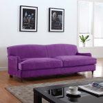 Бархатный роскошный диван фиолетового цвета
