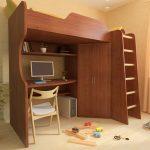 Большая коричневая модульная кровать-чердак