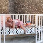 Детский диван овальной формы в интерьере