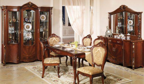 Мебель из дерева в стиле барокко