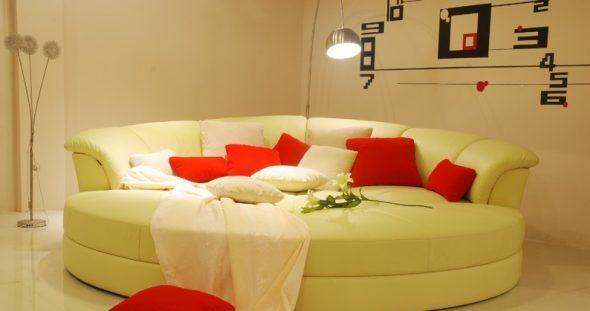 Кожаный круглый диван класса люкс