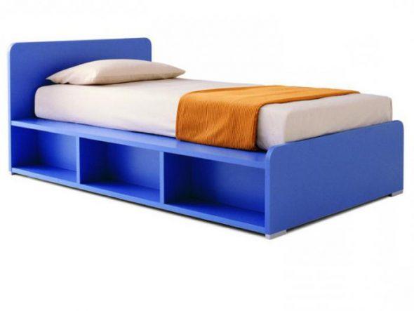 Красивая голубая кровать-основание из ДСП