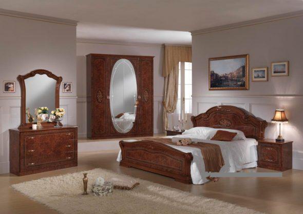 Красивая спальня в цвете орех