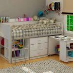Кровать-чердак с рабочей зоной и комодом