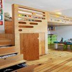 Кровать-чердак с рабочей зоной и встроенным шкафом