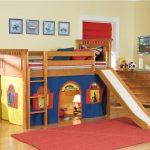 Кровать-домик в детской