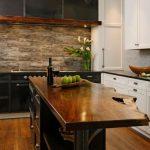 Кухонная мебель из ореха