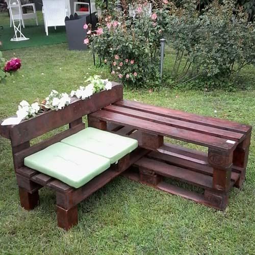 Мебель из окрашенных поддонов