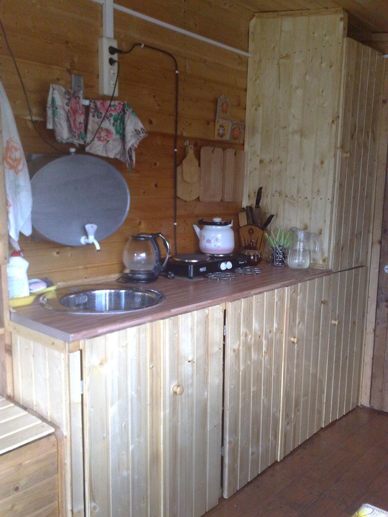 Делаем кухню на даче своими руками 32