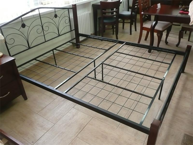 кровать из профилей