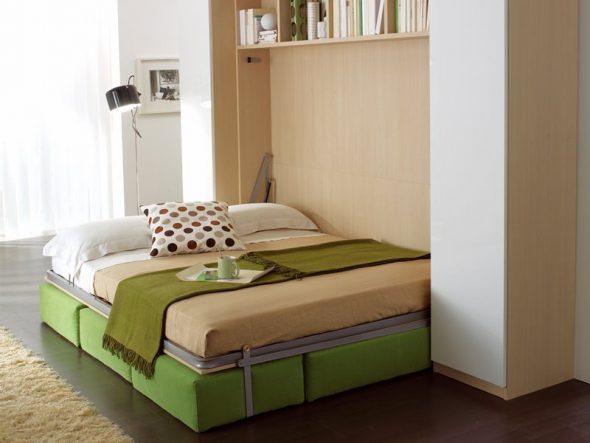 Откидная шкаф-кровать с металлическим каркасом