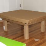Простой стол из картона