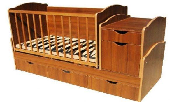Прямоугольная кроватка-трансформер