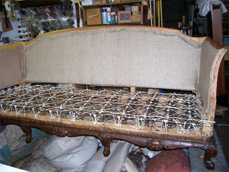 Ремонт пружинного дивана-кушетки