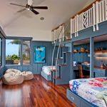 Шикарная комната с необычными кроватями