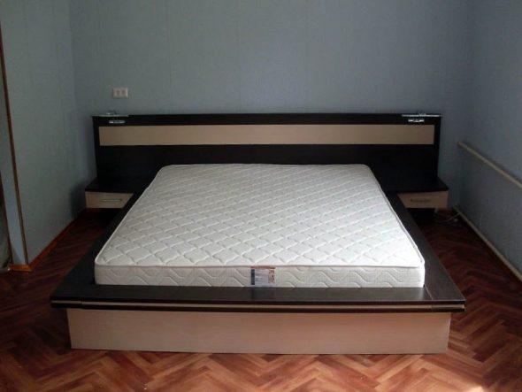 Шикарная кровать-подиум своими руками