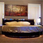 Шикарная круглая кровать с подсветкой