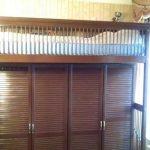 Сказочная Кровать-чердак и шкаф из массива дерева