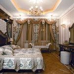 Спальный гарнитур синий с золотом