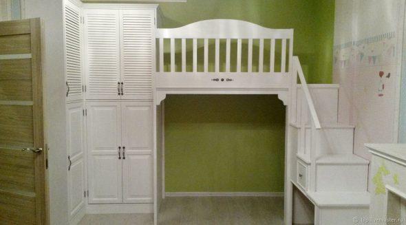 Стильный и продуманный интерьер комнаты