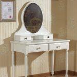 столик для макияжа круглое зеркало