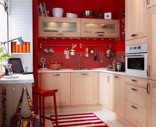 Удобная маленькая кухня по индивидуальным размерам