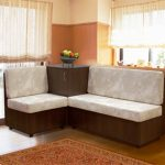Угловой диван с необычной тумбой
