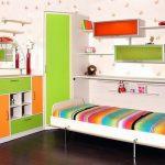 Встроенная кровать в интерьере детской