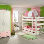 Бело-розовая кровать с шатром на 2 этаже