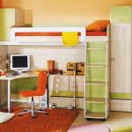 Детская мебель с кроватью-чердак и столом