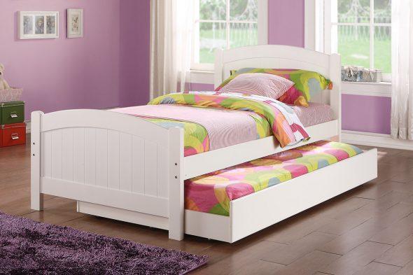 Двухъярусная кровать-матрешка