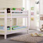Двухъярусные кровати в дизайне детских комнат