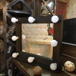 Гримерное зеркало для комнаты в стиле лофт