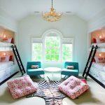 Красивая светлая комната для детей