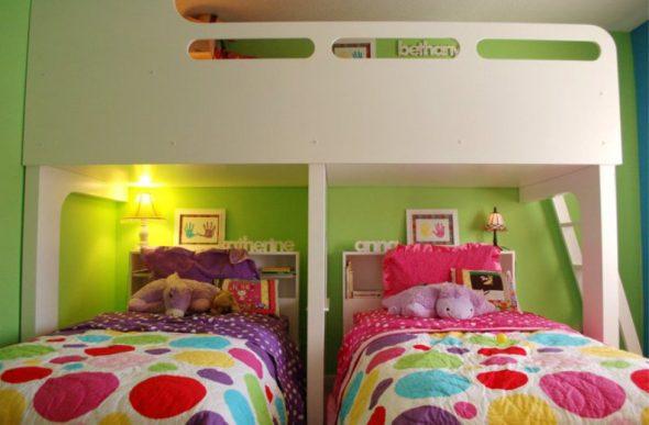 Кровать-чердак с двумя кроватями