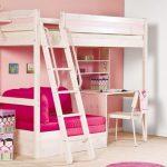 Кровать-чердак с диваном для подростков-девочек