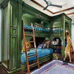 Кровать для троих детей в два яруса