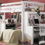 Кровать в одном стиле с рабочим столом