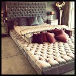 Мягкий подиум для кровати