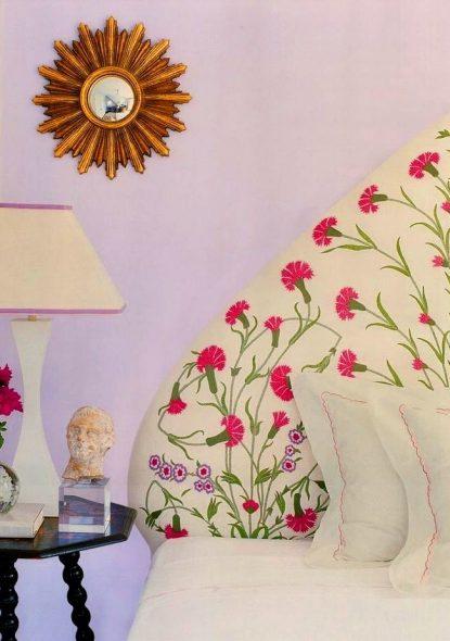 Мягкое текстильное изголовье с цветами