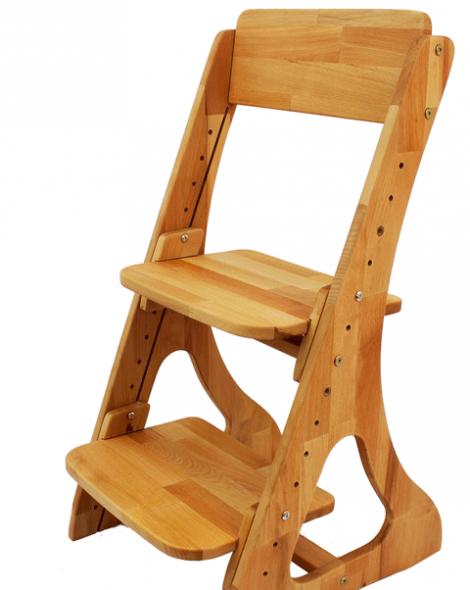 Прочный деревянный стул