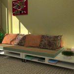 Простой диван в гостиную