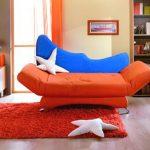 Раскладной диван-кровать оранжевого цвета