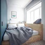 Самодельная кровать из фанеры в нише