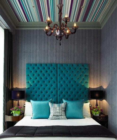 Кровать с мягким тканевым изголовьем