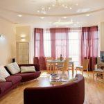 Сочетание основного цвета и дополнительного в мебели и шторах