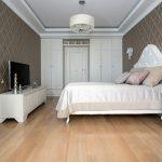 Свежий взгляд на вечную классику в интерьере спальни