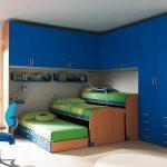 Тройная выдвижная кровать из углового шкафа