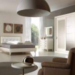 Удобная и необычная спальня в эко стиле