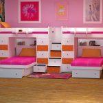 Удобное расположение четырех кроватей